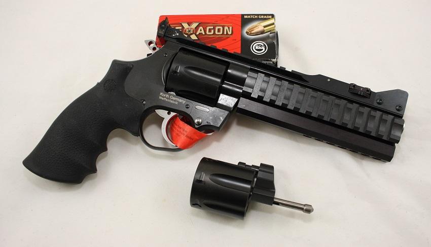 Korth National Standard Super Sport STX mit Wechseltrommel angeboten von B&H Waffenhandel