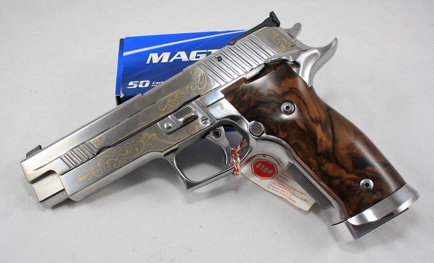 Exclusivmodell: Sig Sauer Mastershop Prestige P226 X-Five Heritage Silber ein Angebot der B&H Waffenhandelsgesellschaft