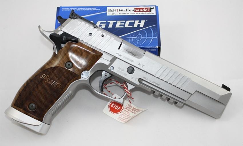 Sig Sauer P226 X-Six Classic 9mm Luger angeboten von B&H Waffenhandel bh-waffenhandel