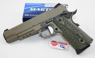 Sig 1911er Flat Dark Earth beschichtet