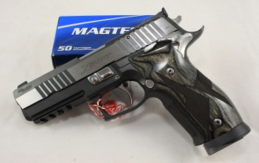 Sig Sauer P226 X-Short Black and White Kaliber 9mm Luger