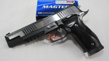 Sig Sauer P226 X-Six Black and White Kaliber 9mm Luger