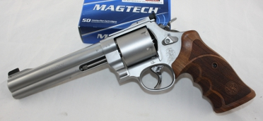 Smith und Wesson S&W 629 Classic Champion