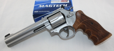 Smith und Wesson S&W 686 Target Champion
